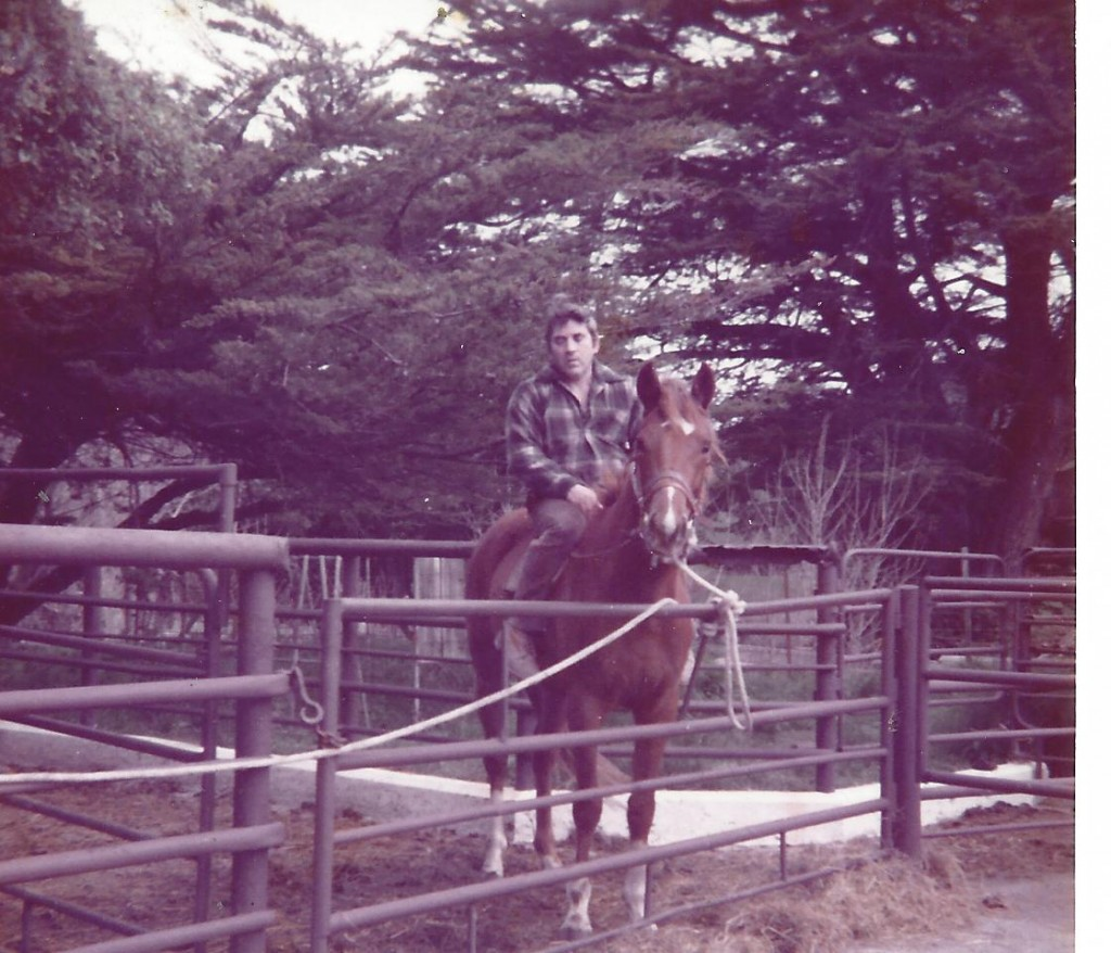 Jimmy on a horse (2)